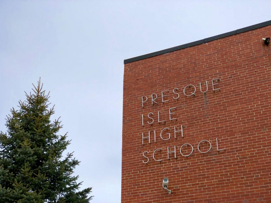 Presque+Isle+High+School%27s+class+of+2021+is+the+first+group+to+graduate+based+on+having+met+graduation+standards.