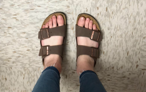 Clara Kohlbacher '20 rocks her look with Birkenstock sandals.