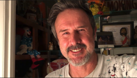 David Arquette pauses in his pandemic experience to send video responses to PIHS students