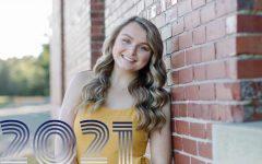 Navigation to Story: Senior Showcase – Meg Casavant